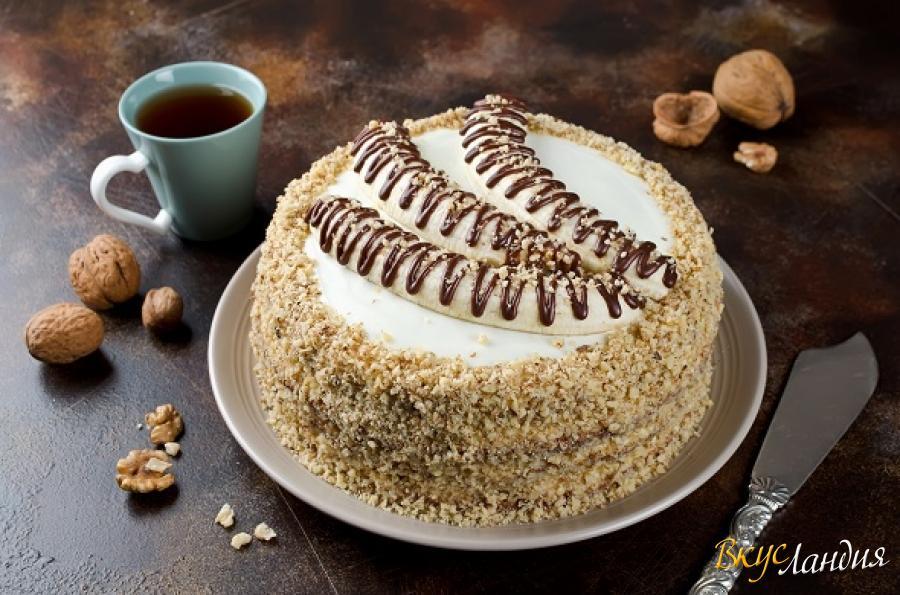 Торт с бисквитными шоколадный банан